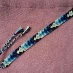 Friendship Bracelet Patterns, blue gradient arrow pattern, by kqcraft.com